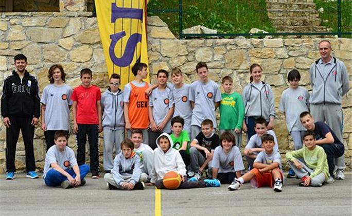 Međunarodni košarkaški kamp GEN već drugi put u Eko - FIS Vlašiću!