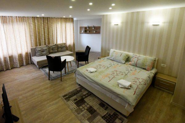 Apartman Jezero 8